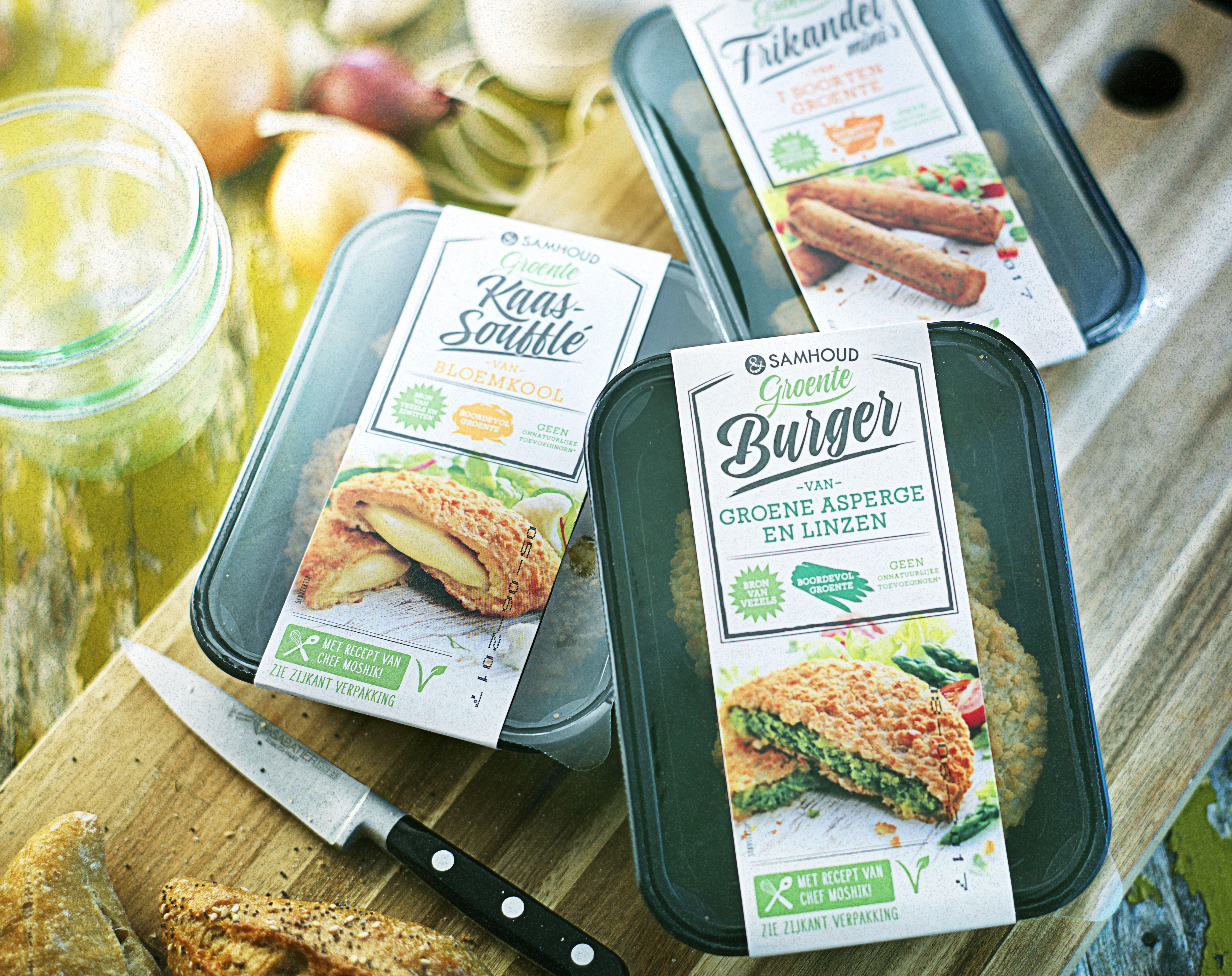 Food packaging photography of three of Samhoud's vegetable burgers made by Studio_m Photography Amsterdam