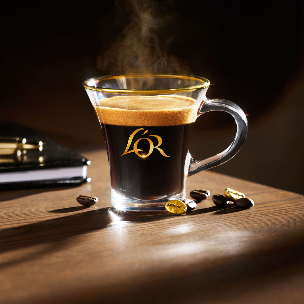 Drinks photography of L'or's cup of coffee made by Studio_m Photography Amsterdam