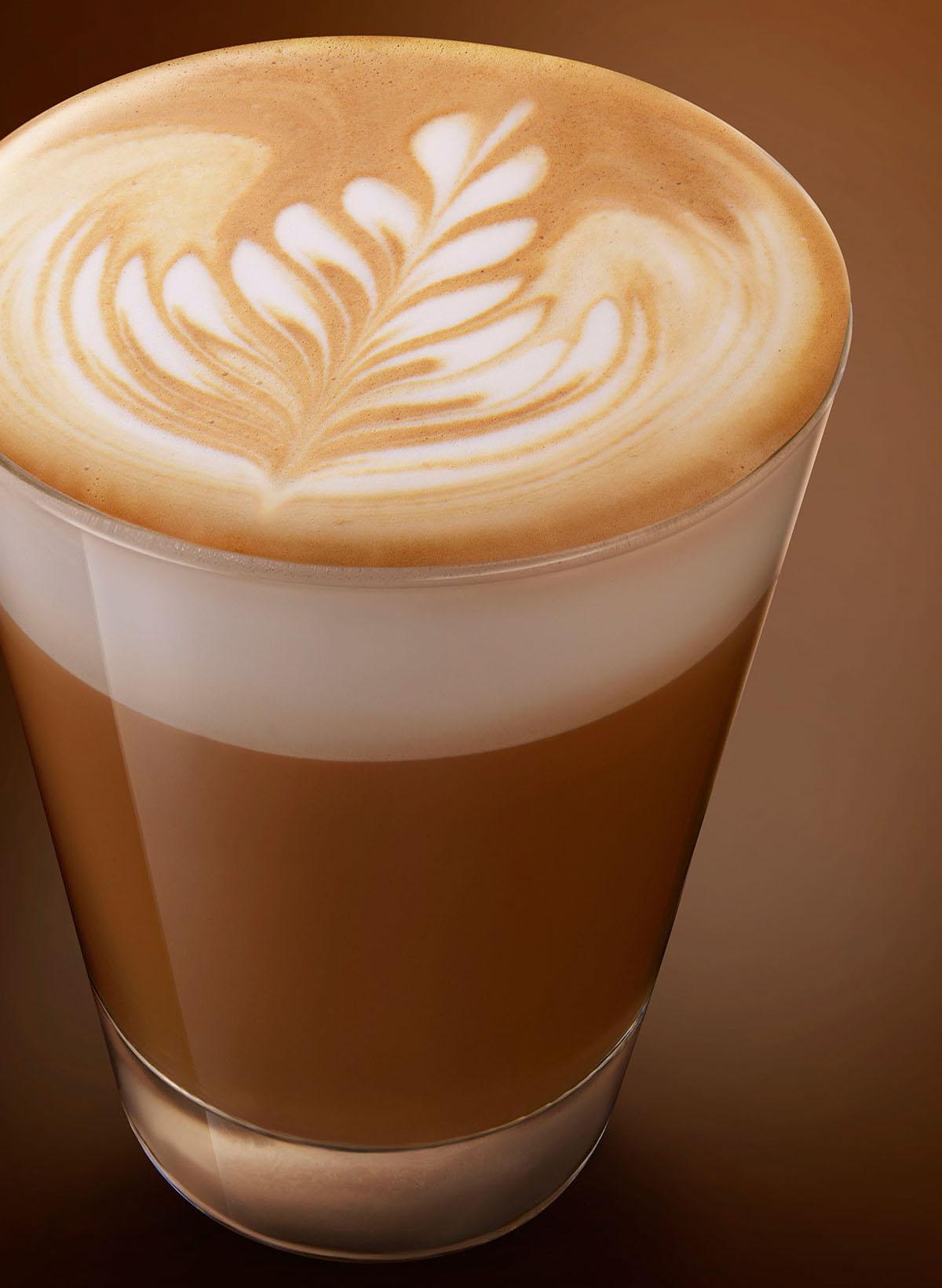 Drank styling fotografie van caffè latte gemaakt door Studio_m Fotografie Amsterdam