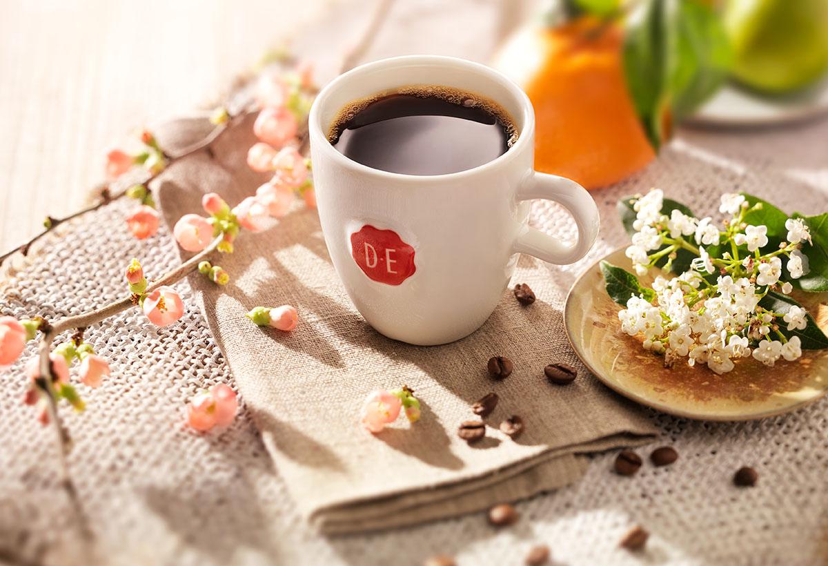 Drank styling fotografie van een kopje zwarte koffie gemaakt door Studio_m Fotografie Amsterdam