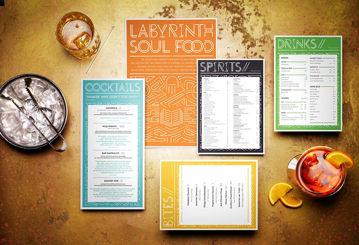 Product styling fotografie van Labyrinth's menukaart gemaakt door Studio_m Fotografie Amsterdam