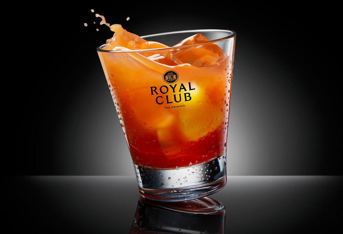 Drinks photography of Royal Club's glass of jus d'orange made by Studio_m Photography Amsterdam