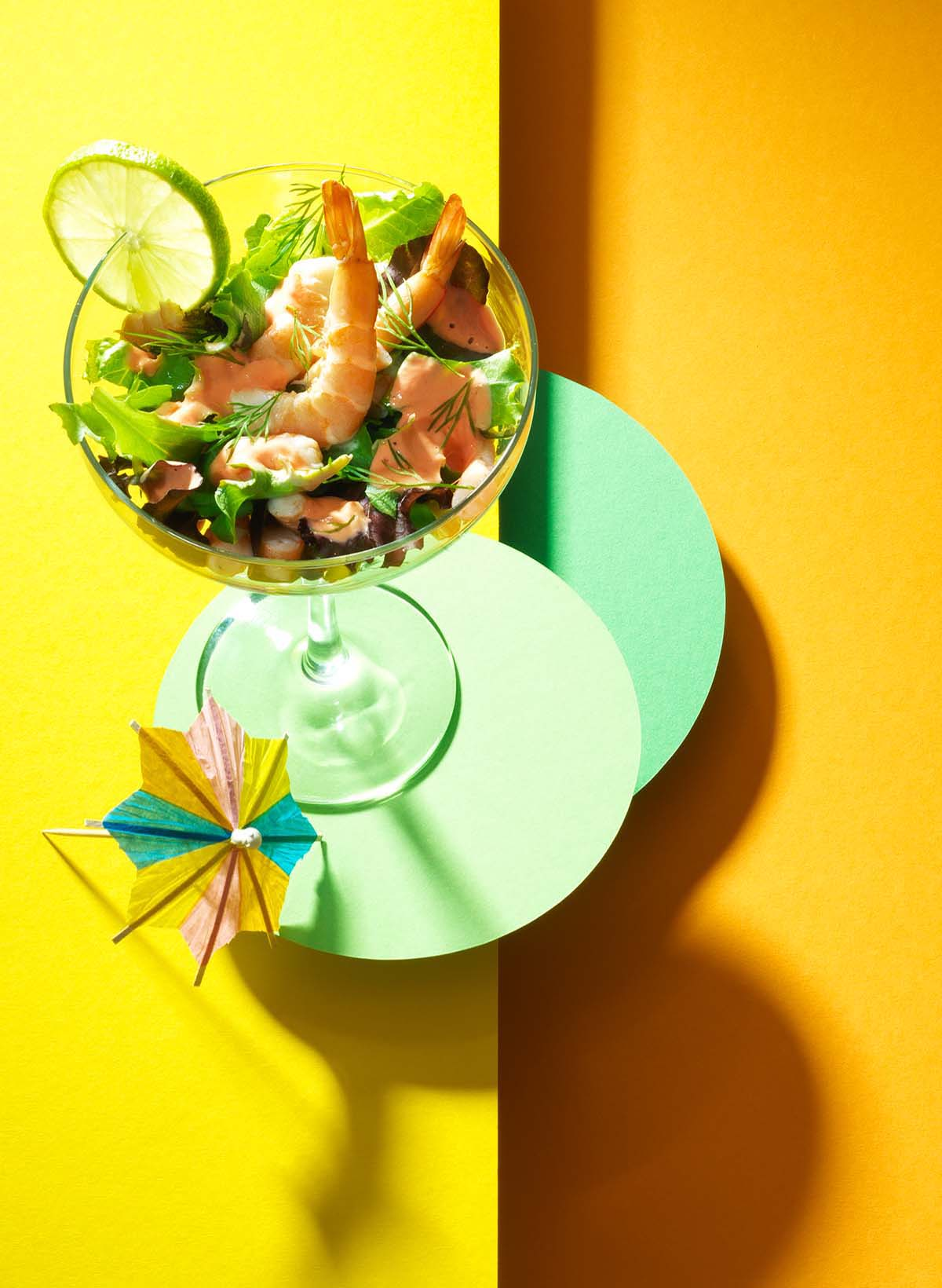 Food photography styling of a cocktail with shrimp and vegetables made by Studio_m Amsterdam