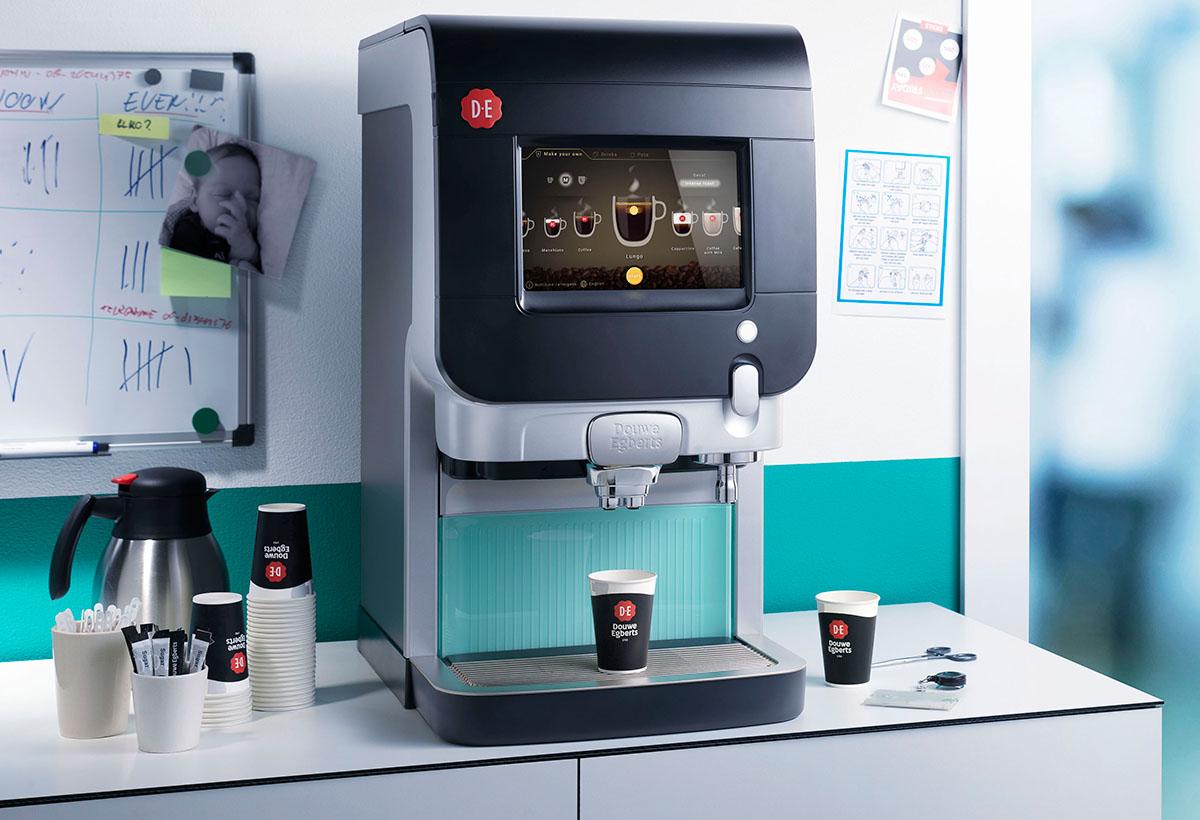 Product fotografie van DE's koffiezetapparaat gemaakt door Studio_m Fotografie Amsterdam