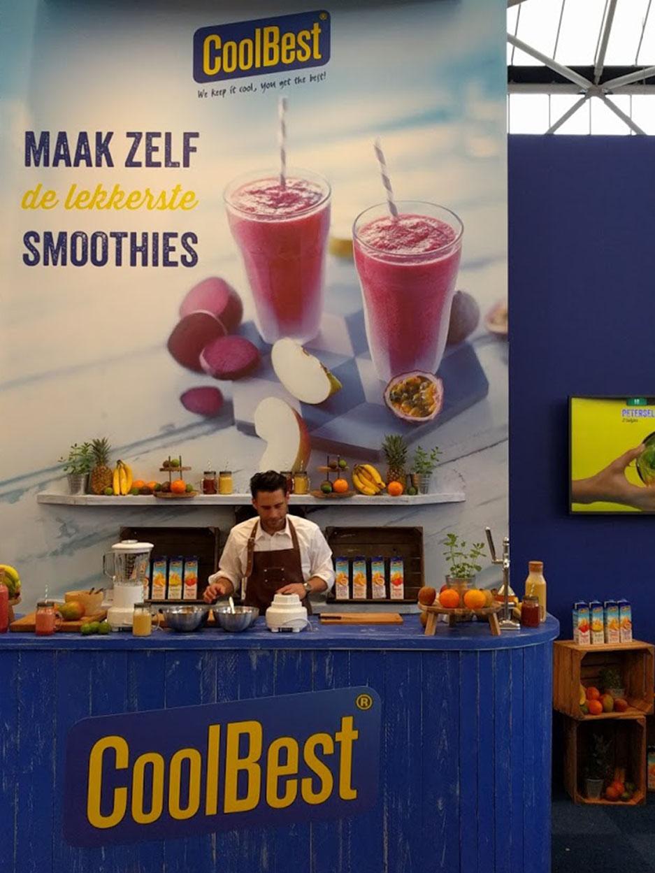 Food fotografie van media campaign met een man die smoothies maakt gemaakt door Studio_m Fotograaf Amsterdam