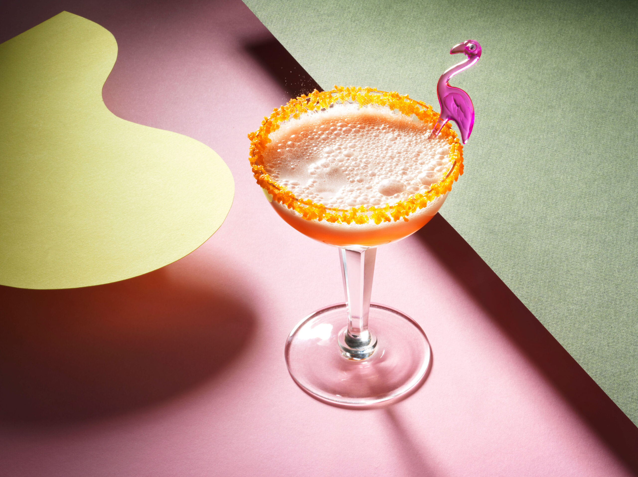 Creative food photo of SmartWhip recipe Glo-sour Cocktail made by STUDIO_M Amsterdam